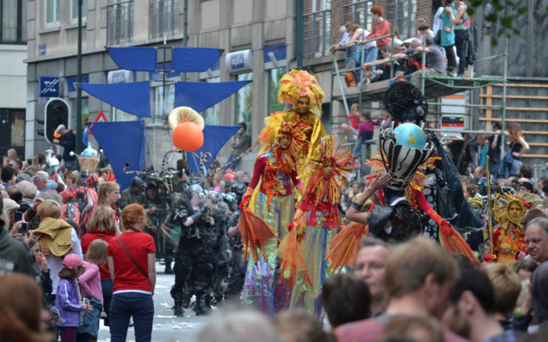 Hoe neo-parades de straten heroveren
